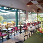 Bar avec terrasse